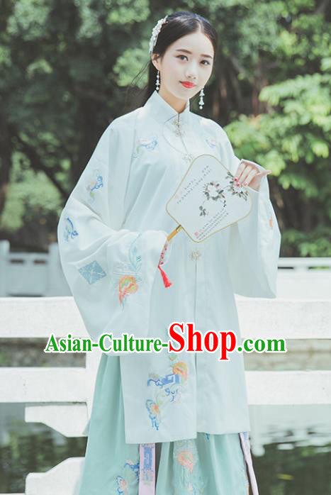 Chinese Ming Dynasty White Historical Costume Traditional Ancient Court Princess Embroidered Hanfu Dress for Women
