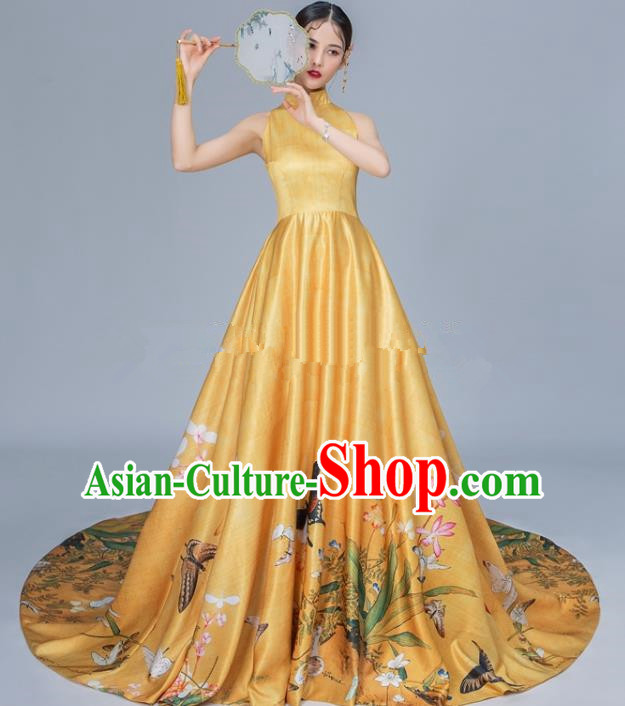 Chinese National Catwalks Golden Trailing Cheongsam Traditional Costume Tang Suit Qipao Dress for Women