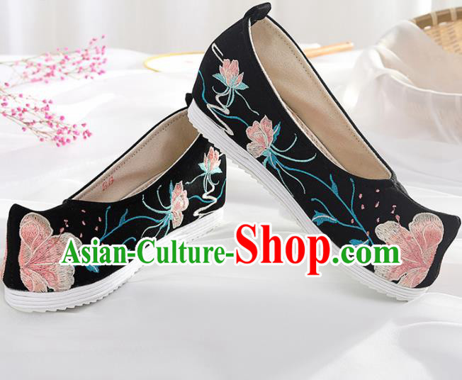 Chinese Traditional Hanfu Shoes Embroidered Peach Blossom Black Shoes Handmade Ancient Princess Shoes for Women