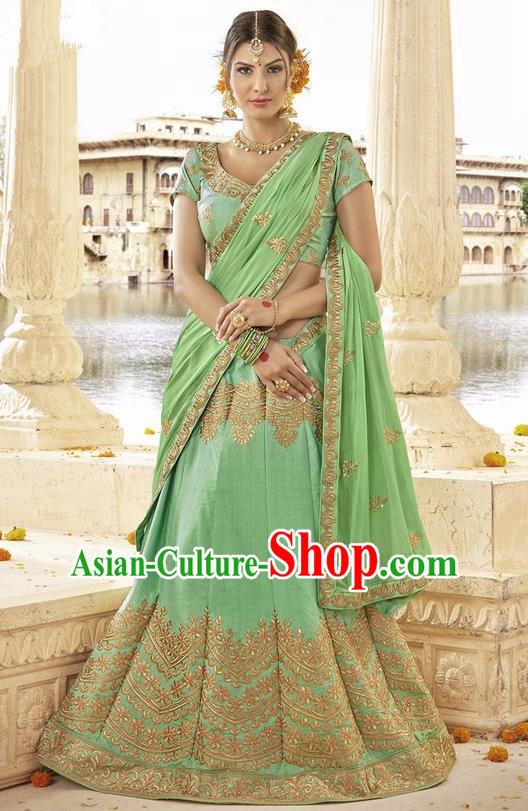 Asian India Traditional Bride Embroidered Light Green Sari Dress Indian Bollywood Court Queen Costume Complete Set for Women