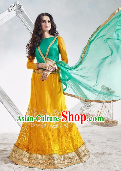 Asian India Traditional Wedding Bride Embroidered Yellow Lace Sari Dress Indian Bollywood Court Queen Costume Complete Set for Women