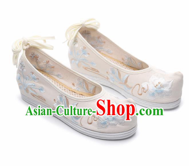 Chinese Traditional Hanfu Shoes Ancient Princess Embroidered Peach Blossom White Shoes National Cloth Shoes for Women