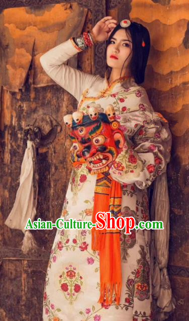 Chinese Traditional Ethnic Bride White Tibetan Robe Zang Nationality Female Dress Costume for Women