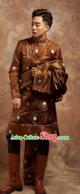 Chinese Traditional Ethnic Bronze Tibetan Robe Zang Nationality Wedding Costume for Men
