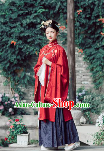 Asian Chinese Ancient Court Queen Embroidered Hanfu Dress Traditional Ming Dynasty Imperial Empress Wedding Historical Costume for Women
