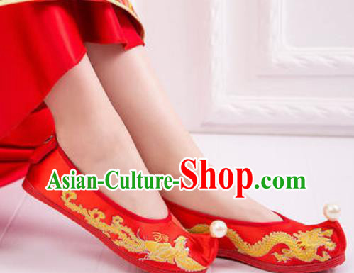 Chinese Embroidered Phoenix Shoes Traditional Opera Red Satin Shoes Wedding Shoes Hanfu Princess Shoes for Women