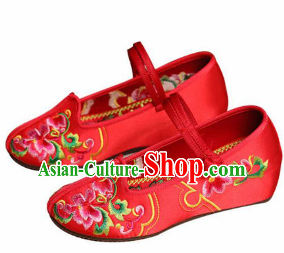 Chinese Traditional Shoes Opera Wedding Shoes Hanfu Princess Shoes Embroidered Peony Red Shoes for Women