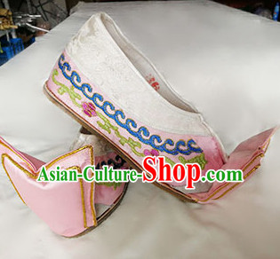 Chinese Traditional Beijing Opera Pink Embroidered Shoes Ancient Princess Hanfu Shoes for Adults