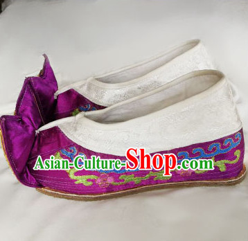 Chinese Traditional Beijing Opera Embroidered Shoes Ancient Princess Hanfu Purple Satin Shoes for Adults