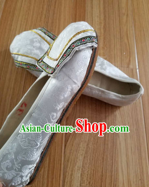 Chinese Ancient Princess Hanfu Embroidered Shoes Traditional Beijing Opera Diva White Satin Shoes for Adults