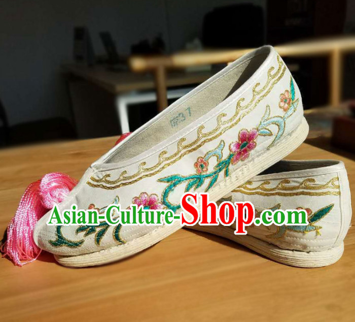 Chinese Traditional Beijing Opera Diva Shoes Ancient Princess Hanfu Embroidered Shoes for Adults