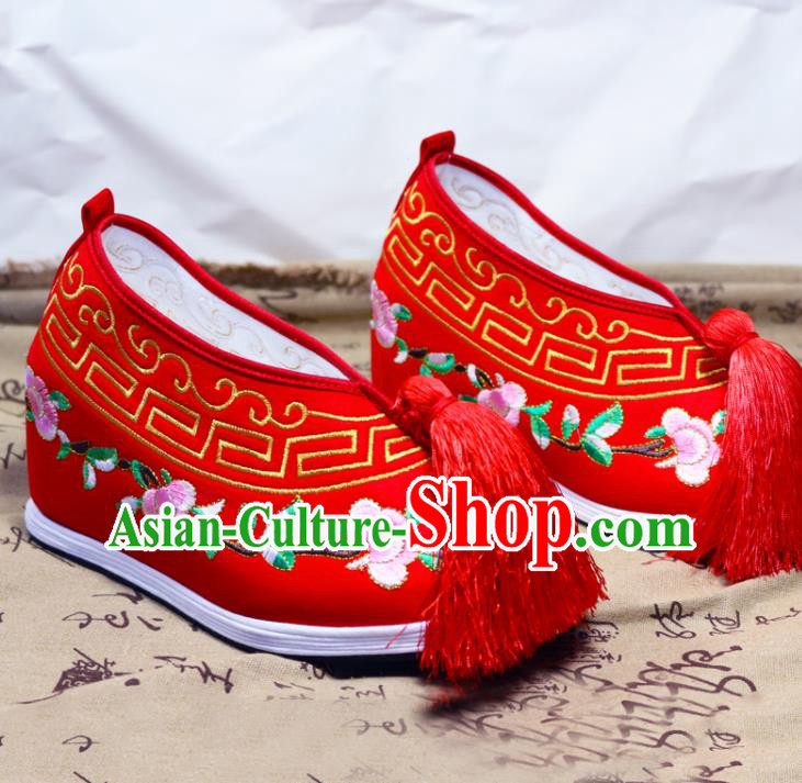 Asian Chinese Traditional Beijing Opera Red Embroidered Shoes Ancient Princess Shoes Hanfu Shoes for Women