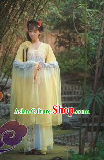 Traditional Chinese Cosplay Fairy Princess Yellow Dress Ancient Court Lady Swordswoman Costume for Women